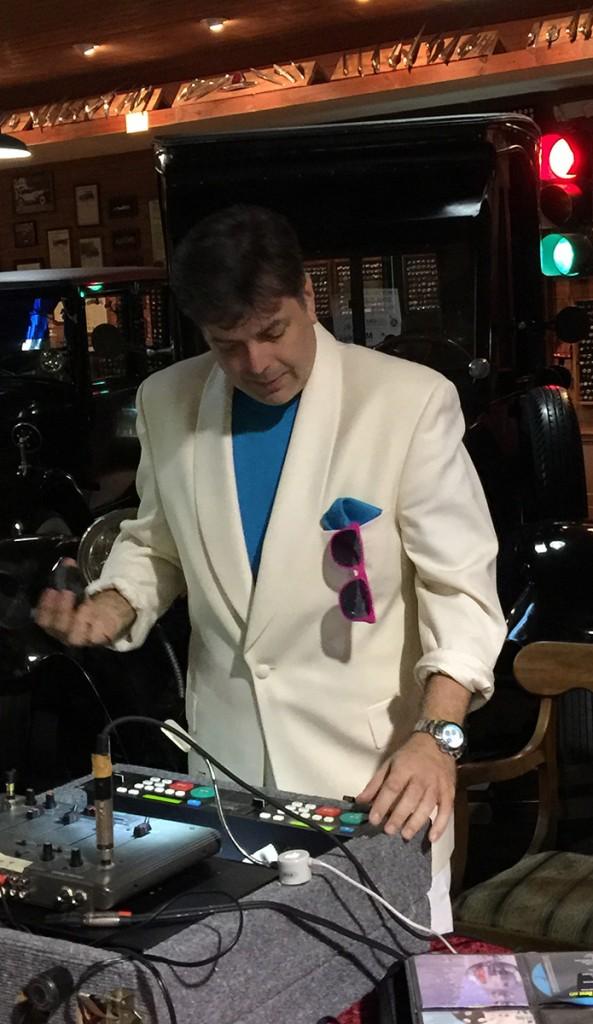 DJ-Riff-80s-party-2018-2